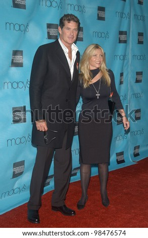Actor DAVID HASSELHOFF & wife PAMELA at the Macy's & American Express Passport 2003 Gala at Santa Monica Airport, CA. Oct 2, 2003  Paul Smith / Featureflash