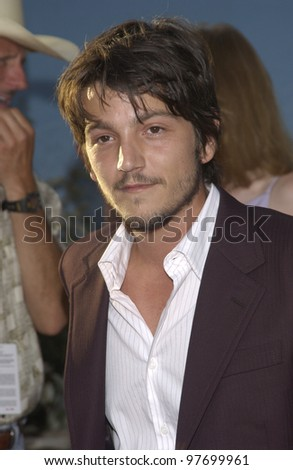Actor DIEGO LUNA at world premiere, in Hollywood, of his new movie Open Range. Aug 11, 2003  Paul Smith / Featureflash