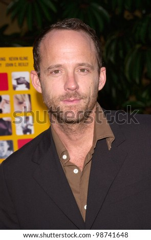 Actor JOHN BENJAMIN HICKEY at the Los Angeles premiere of his new movie The Anniversary Party. 06JUN2001.  Paul Smith/Featureflash