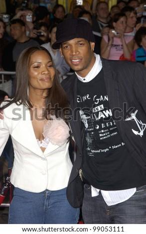 Actor Marlon Wayans & Girlfriend At The World Premiere, In ...