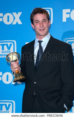 Actor NOAH WYLE at the 3rd Annual TV Guide Awards in Los Angeles. 2001.    Paul Smith/Featureflash