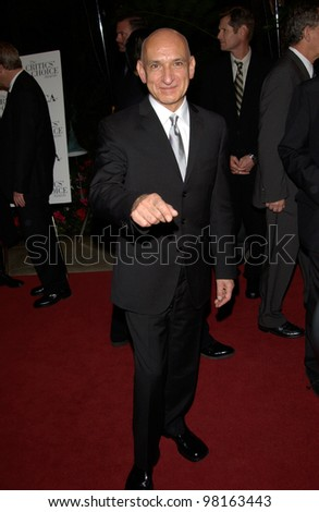 Actor SIR BEN KINGSLEY at the Broadcast Film Critics Association's 7th Annual Critics Choice Awards at the Beverly Hills Hotel. 11JUN2002.  Paul Smith/Featureflash