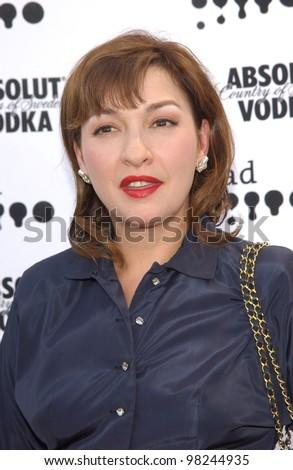 stock photo : Actress ELIZABETH PENA at the 2002 GLAAD (Gay & ...