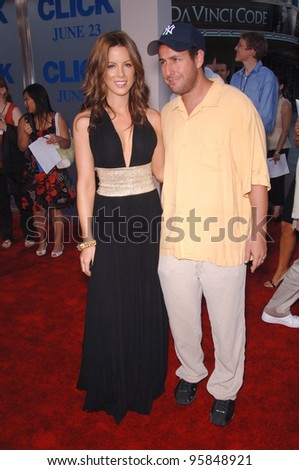 """Actress KATE BECKINSALE & actor ADAM SANDLER at the Los Angeles premiere of their new movie """"Click"""". June 14, 2006  Los Angeles, CA  2006 Paul Smith / Featureflash"""