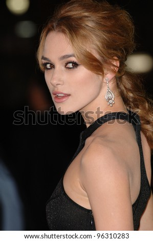 Actress KEIRA KNIGHTLEY at the Los Angeles premiere of her new movie Domino.  October 11, 2005 Los Angeles, CA.  2005 Paul Smith / Featureflash
