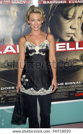 Actress KELLY CARLSON at the Los Angeles premiere of Cellular. September 9, 2004