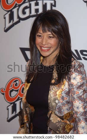 Actress LAUREN TOM at the Los Angeles premiere of her new movie Bad Santa. November 18, 2003  Paul Smith / Featureflash