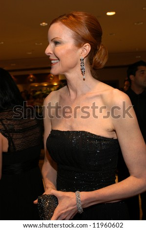 Actress Marcia Cross smiles as she arrives at the White House Correspondents' Dinner April 26, 2008 in Washington, DC.
