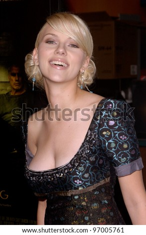 Actress SCARLETT JOHANSSON at the Hollywood Film Festival premiere of her new movie A Love Song for Bobby Long. October 17, 2004