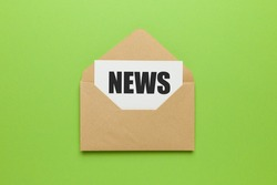 Address mailing of news by e-mail. Advertising message on green background.
