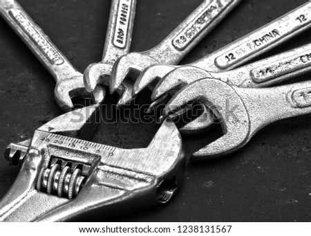 Adjustable Universal Spanner and spanner set black and white