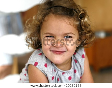 Toddler Girl With Brown Hair | lol-rofl.com