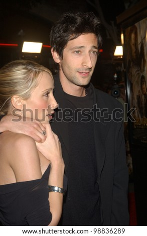 ADRIEN BRODY & girlfriend at the USA premiere of The Lord of the Rings: The Return of the King, in Los Angeles. December 3, 2003  Paul Smith / Featureflash