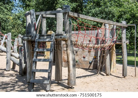 Adventure playground with wooden frames and wire ropes #751500175
