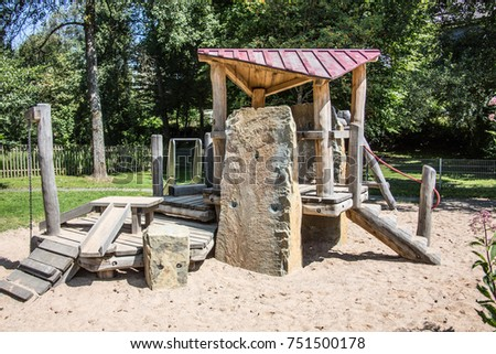 Adventure playground with wooden frames and wire ropes #751500178