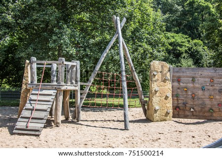 Adventure playground with wooden frames and wire ropes #751500214