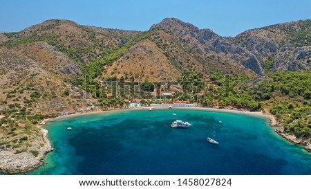 Aerial drone photo of small bay of Molos in picturesque island of Ydra or Hydra, Saronic gulf, Greece Foto stock ©