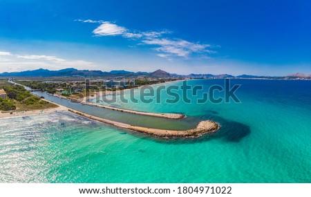 Aerial drone view of a coast line with beach in playa de Muro, Mallorca, Spain Foto d'archivio ©