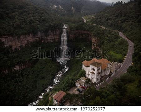 Aerial panorama view of Bogota river waterfall Salto del Tequendama with haunted renovated Falls Hotel Museum in Soacha Cundinamarca Colombia South America Foto stock ©