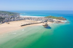 Aerial photograph of St Ives, Cornwall, England