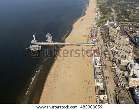 aerial view of a crowded beach  ...