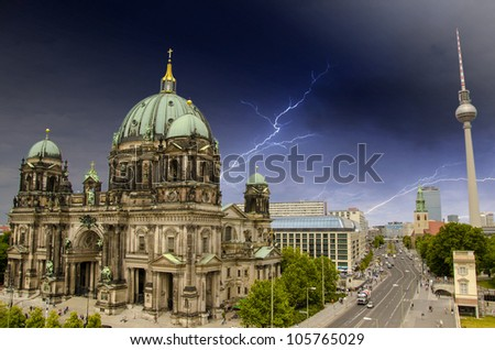 Aerial view of central Berlin from the top of Berliner Dom, the Cathedral