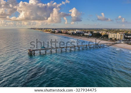 aerial view of dania beach pier in south florida at early morning Zdjęcia stock ©