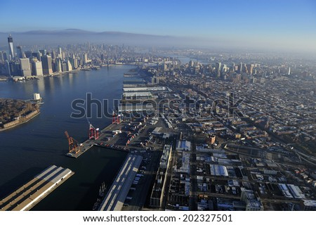 Aerial view of Manhattan and Brooklyn, New York