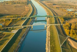 Aerial view of old US Route 66 bridge over chain of rocks canal, Pontoon Beach, Illinois, USA
