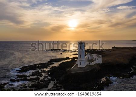 Aerial view of Praia Dona De Maria Pia lighthouse in Santiago - Capital of Cape Verde Islands - Cabo Verde Foto stock ©