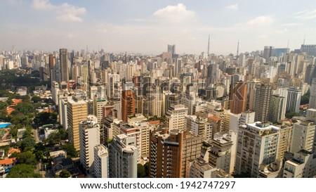 Aerial view of São Paulo, in the neighborhood of Jardim Paulista. Av. Brasil and Ibirapuera Park Foto stock ©