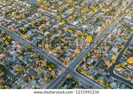 Aerial view of streets and homes near Lassen St and Winnetka Ave in the San Fernando Valley region of Los Angeles, California. Zdjęcia stock ©