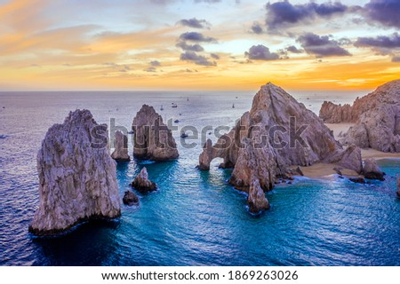 Aerial view of the Arch of Cabo San Lucas, Mexico at sunset, Lands End, Baja California Sur Stock fotó ©