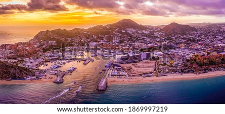Aerial view of the cityscape of Cabo San Lucas, Mexico marina area at sunset - Los Cabos, Baja California Sur Foto stock ©