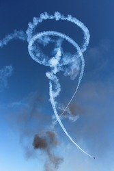 Aerobatics contrails at Melbourne Airshow