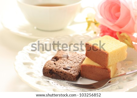 Afternoon tea, Chocolate Brownie and cheese cake with English tea