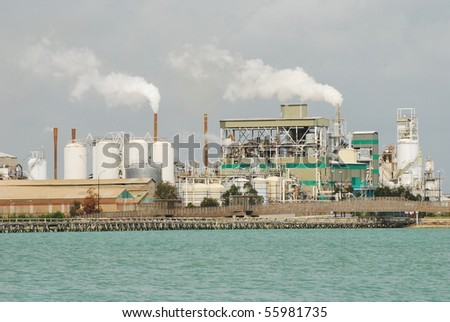 Air Pollution - Big refinery (climate change) #55981735