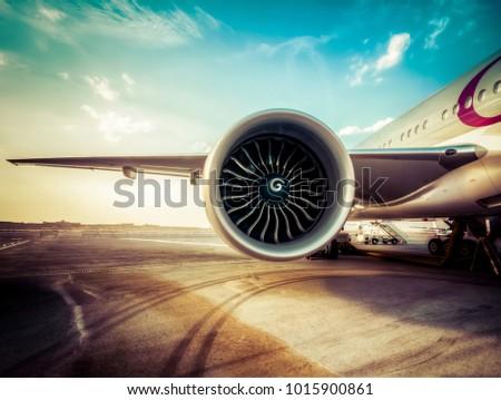 Aircraft Jet Engine turbine wing