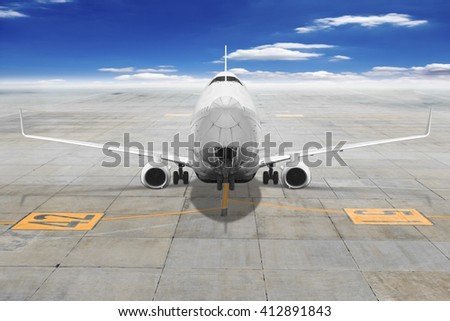 Airplane Apron Markings Images and Stock Photos - Page: 2