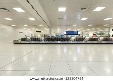 airport interior at baggage claim