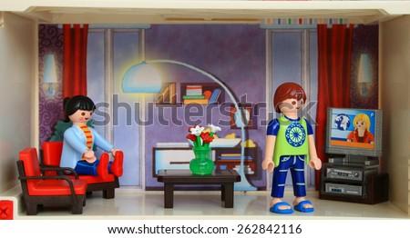 Playmobil logo vector ai download seeklogo for Playmobil living room 4282