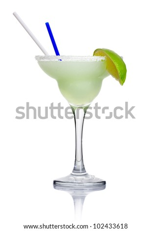 Alcohol cocktail 'margarita' isolated on white background