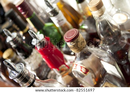 Alcoholic beverages in bottles at a bar. Foto stock ©