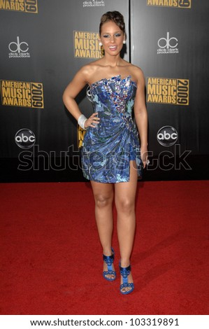 Alicia Keys  at the 2009 American Music Awards Arrivals, Nokia Theater, Los Angeles, CA. 11-22-09