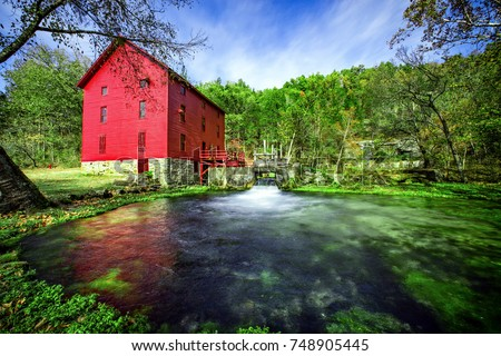 Alley Springs Mill, Ozark National Scenic Riverways, Missouri, USA