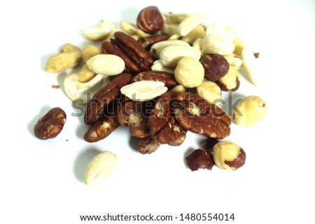 Almond Nuts,cashew nuts and mix nut is healthy food.