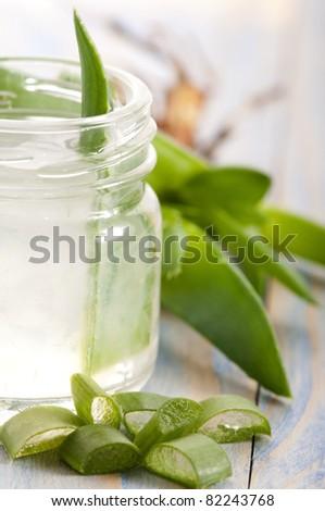 aloe vera juice with fresh leaves