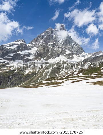 Alpine landscape with the imposing Matterhorn (Cervino) seen from Plan Maison, Breuil-Cervinia, Aosta Valley, Italy Photo stock ©