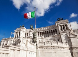 Altare della Patria (Altar of the Fatherland) or Vittoriano, the National Monument to the first king of a unified Italy Victor Emmanuel II, Piazza Venezia, Rome, Italy