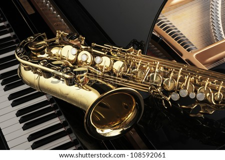 Alto saxophone on grand piano